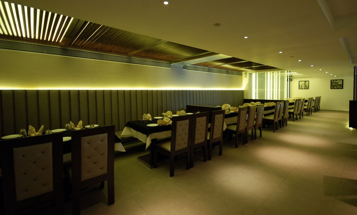 The lighting and ambiance would create such an beautiful feel when you come here for an dinner. Do visit Enjoy, Piplod. http://rajhans.co.in/enjoy_piplod.aspx
