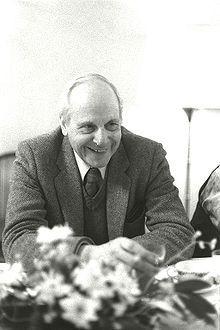 Gert Bastian – Wikipedia