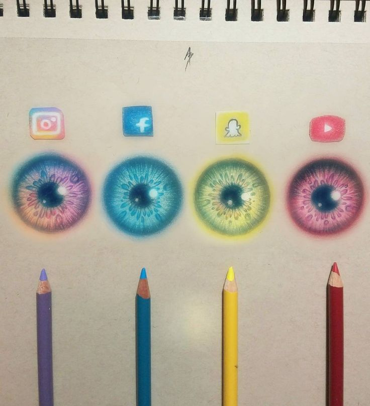 Social media inspired iris's  Which ones your favorite? Saw this idea alot on instagram so gave it a try ✏
