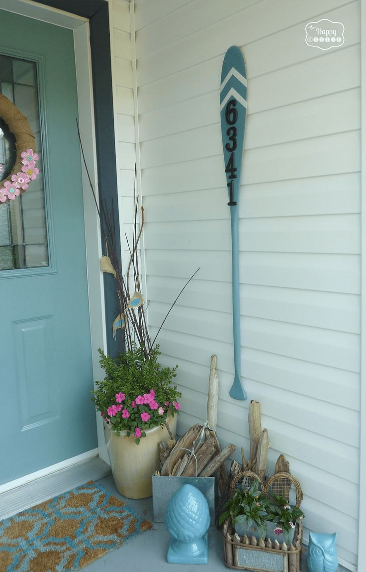 A Teal Colored Oar to Add Pop