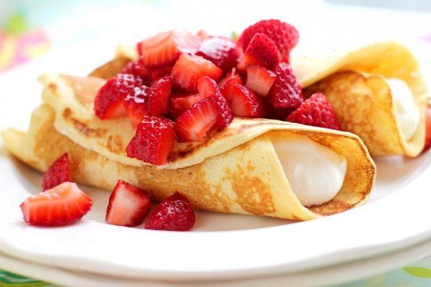 Strawberry-Lemon Yoghurt Blintzes