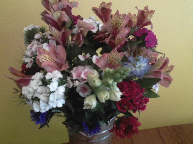 May 8, 2012: sweet williams, alstromeria, nigella, gallardia, snapdragon, bachelor buttons.