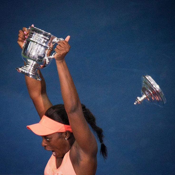 Sloane Stephens holds up the Women's Singles US Open Tennis Championship Trophy only to have the top fly off after she beat Madison Keys. #sonypro #usopen2017 #nickdidlick #sonya9 @sonyalpha #a9 #tennis #usopen #asportspro #usopen #sloanestephens #wta #tennis #sports #grandslam #sloanestephens #arthurashestadium #instasports #instatennis #madisonkeys