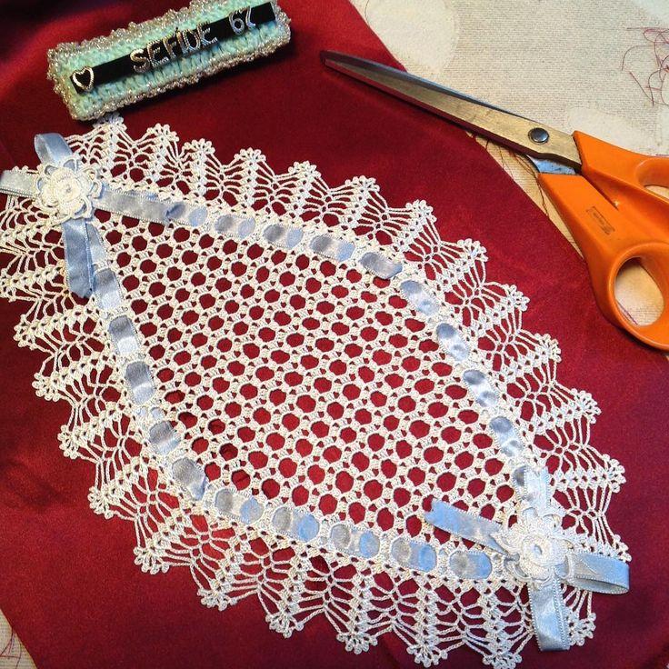 #crochet#crafts#ganchillo#crochetlove#virkning#häkeln#grannysquarestitch#grannysquareblanket#crochetgeek#crochetaddict#yarn#örtü#örgü#yün#iplik#dantel#plaid#elişi#tığişi#laine#tricot#emek#couleur#tapetecroche#örmek#örnek#virkat#stitch#tepsi#örtü http://turkrazzi.com/ipost/1523442956848333951/?code=BUkW0w2hAR_