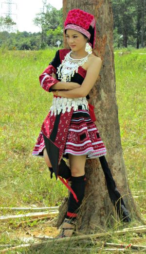 Modern Russian Clothing Styles For Men Red 11   Hmong styles ...
