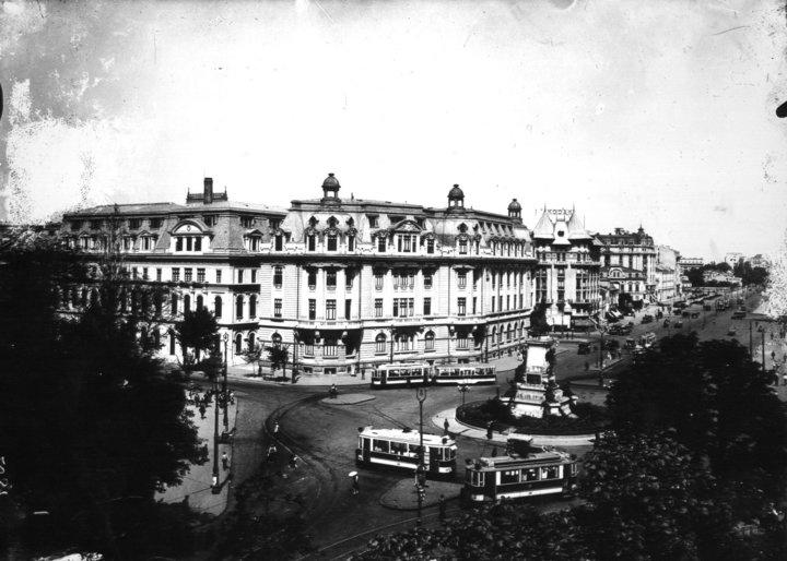 Piata Academiei
