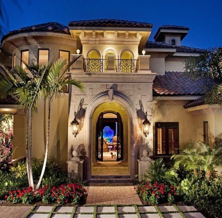 Best 25 luxury mediterranean homes ideas on pinterest for Luxury tuscan house plans