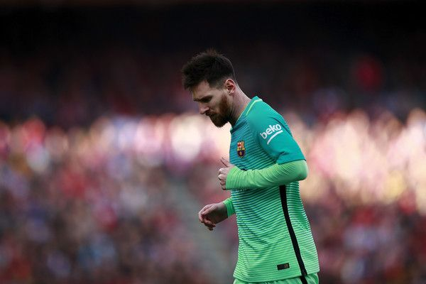 Lionel Messi of FC Barcelona runs during the La Liga match between Club Atletico de Madrid and FC Barcelona at Vicente Calderon Stadium on February 26, 2017 in Madrid, Spain.