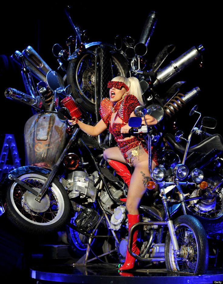 KIIS FM's Jingle Ball 2011 - Show  LOS ANGELES, CA - DECEMBER 03: Singer Lady Gaga performs at KIIS FM's Jingle Ball at L.A. Live's Nokia Theatre on December 3, 2011 in Los Angeles, California. (Photo by Kevin Winter/Getty Images for U Music)