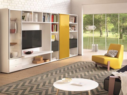 les 25 meilleures id es de la cat gorie cacher la t l vision sur pinterest t l au dessus de. Black Bedroom Furniture Sets. Home Design Ideas