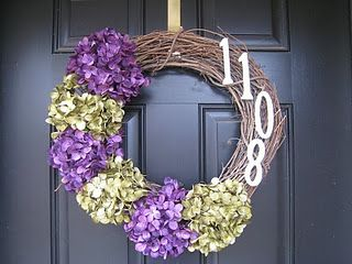 I love me some wreaths! So many projects...so little time!