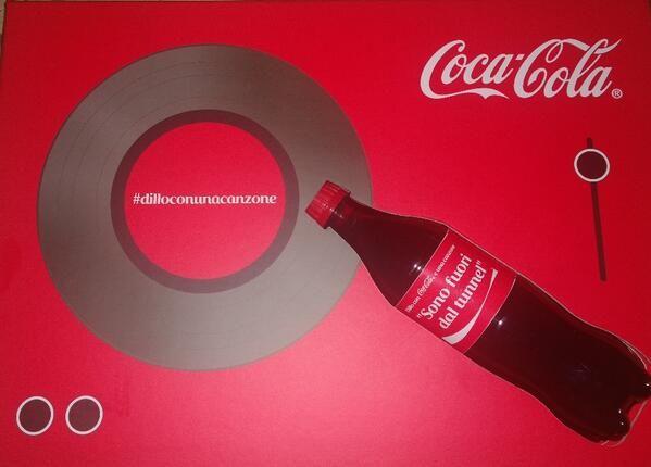 #dilloconunacanzone con @CocaCola si può!