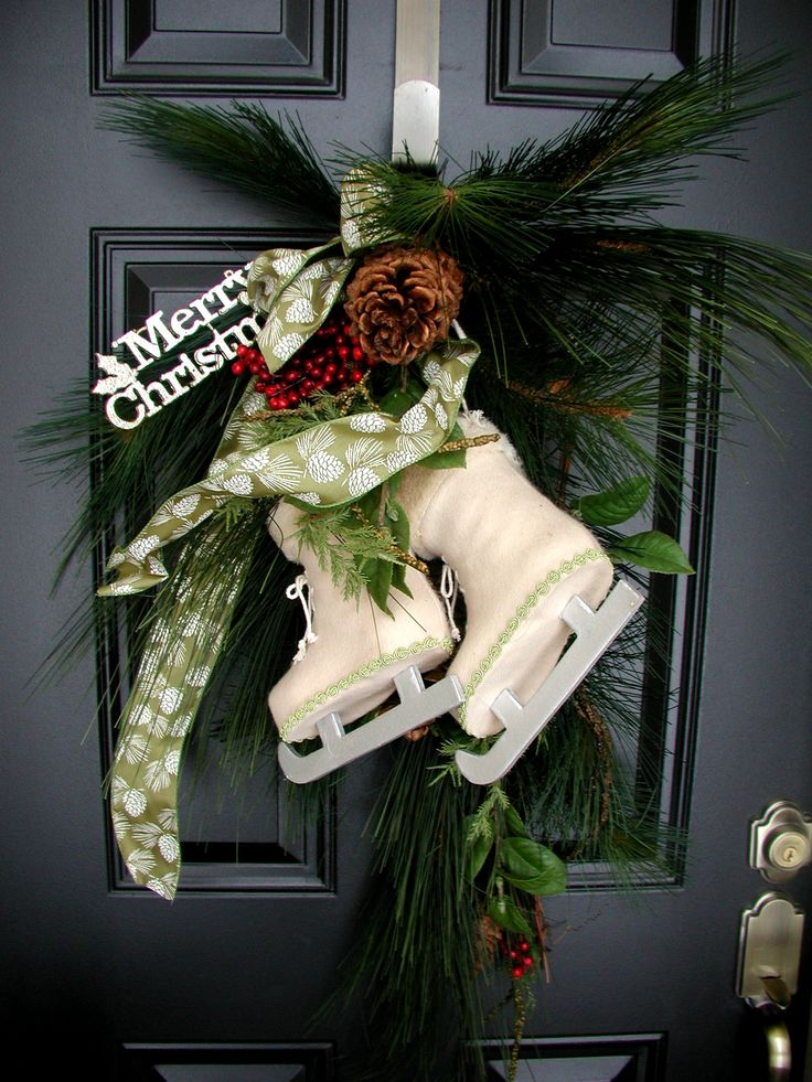 17 best images about recycled non wreaths on pinterest silver trays front porches and photo - Admirable christmas wreath decorating ideas to welcome the december ...