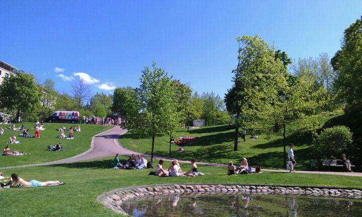 Sinebrychoffin puisto in Helsinki, Etelä-Suomen Lääni