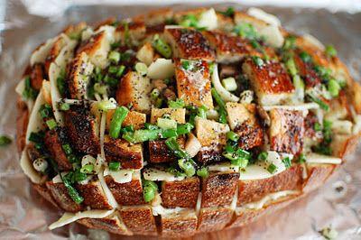 Cheesy Mushroom Pull Apart Bread, gotta try this!