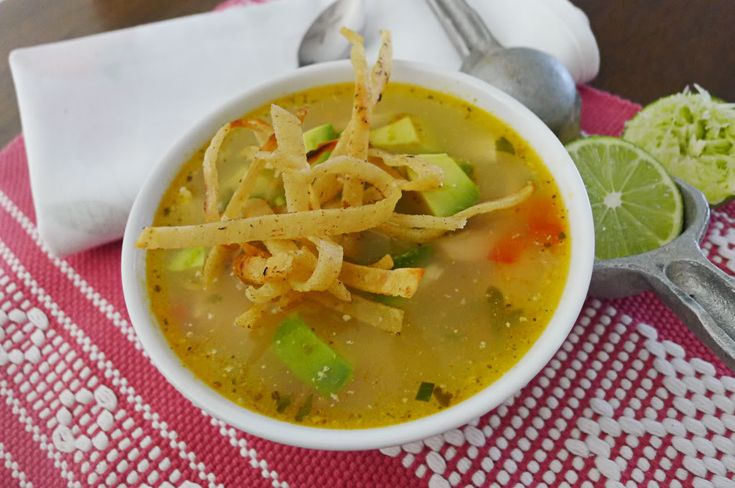 Sopa de Lima Yucateca. LIMA SOUP - DO NOT CONFUSE WITH LIME AS WE KNOW IT IN THE U.S.- THEY ARE TWO DIFFERENT CITRUS FRUITS WITH TOTALLY DIFFERENT FLAVORS.