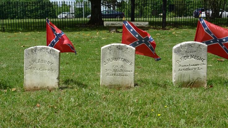 14350c82862c46bb011d3bd44ef557c3 grave cemetery