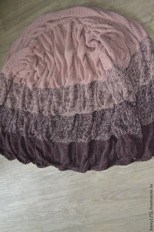 Cardigan Lalo knitted spokes the gradient of KOs no by Galchenko