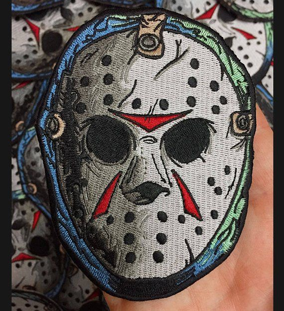 Patch Jason Voorhees mask.