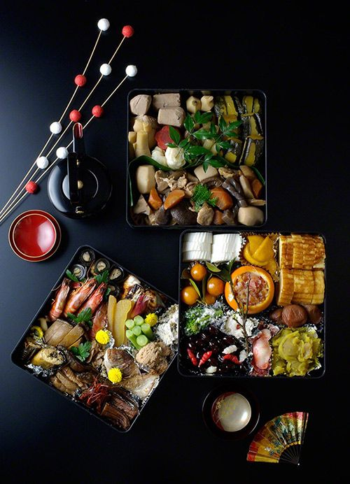 日本人のごはん/お弁当 Japanese meals/Bento. 日本のおせち料理。Japanese festive meal for the new year, Osechi