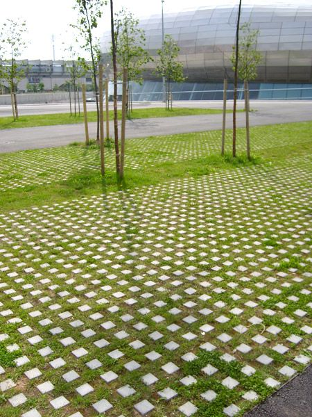 Checkerblock pavements escofet exterior elements for Green pavers