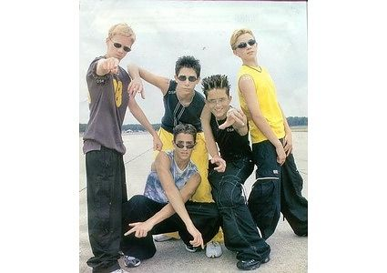 45 awesome (ridiculous) boy band poses