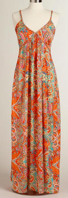 Such a pretty maxi dress - take an additional 25% off with code:  FNFSAVE http://rstyle.me/n/ip2uznyg6