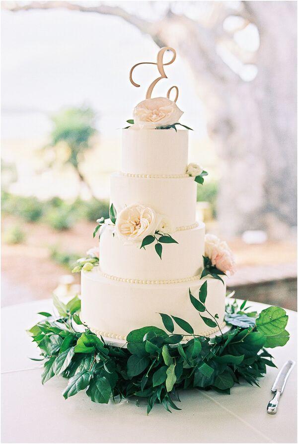 Cake by Jessica Grossman of Patrick Properties - Charleston, SC Venue: Lowndes Grove Plantation
