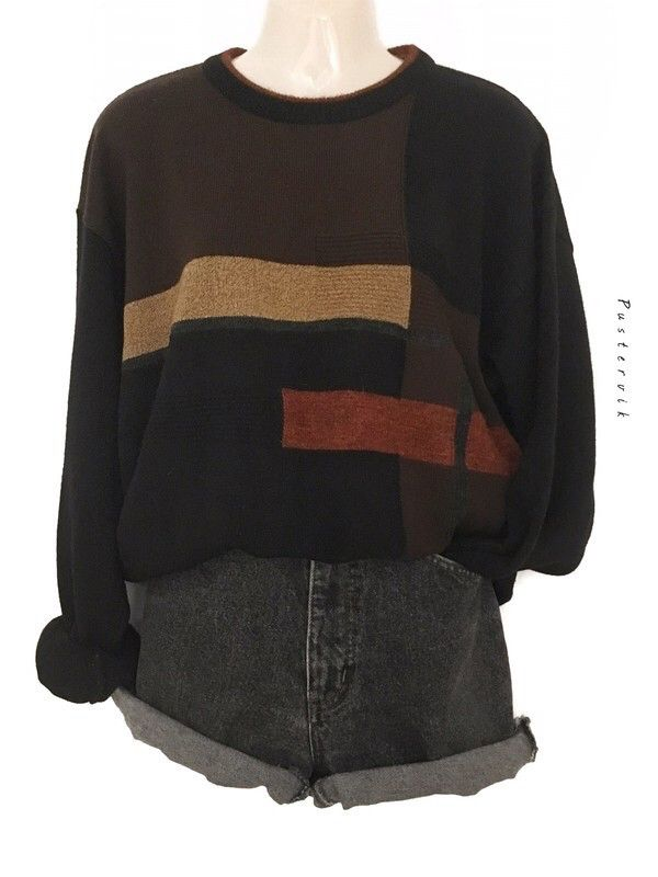My True Vintage Minimal Pullover Hipster Urban Street Style Pullover Oversize by true vintage! Size Uni for 34,00 €. Take a look at it: www.kleider …