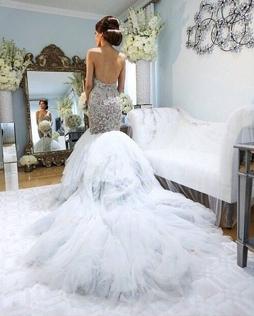 10  images about wedding dresses on Pinterest  Mark zunino ...
