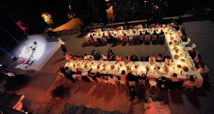 Wedding in Tuscany at Castello Vicchiomaggio, Wedding in Italy, Table set up.