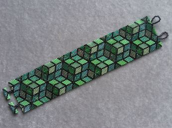 Green Mosaic Bracelet Pattern Peyote Pattern by CreativeGoods