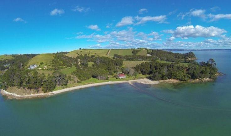Kauri Villa Waiheke, Luxury Waiheke Holiday House, Beach house | Amazing Accom