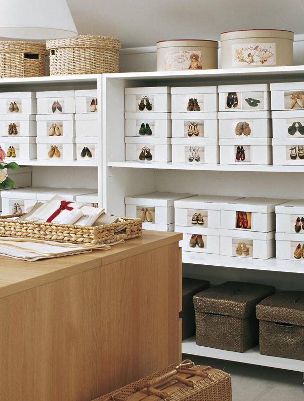 Organize your shoes in white boxes with pictures on the front....This is a dream closet!  |  Friday Favorites at www.andersonandgrant.com