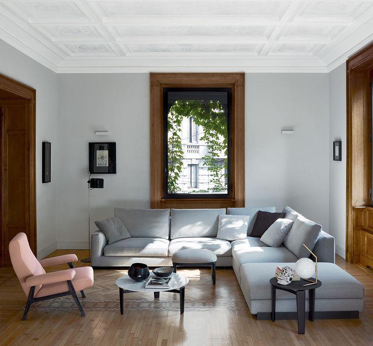 arflex - Rendez-Vous design Mauro Lipparini, Hall armchair design Roberto Menghi The original design #arflex #luxury #decor #photoftheday #inspiration #arflexhome #itsarflextime www.arflex.it