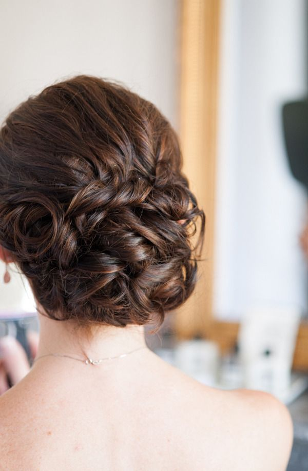 Perfect low updo, would love this with veil underneath