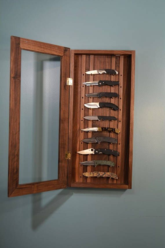 Walnut Knife Display Case In 2019 Knife Display Case