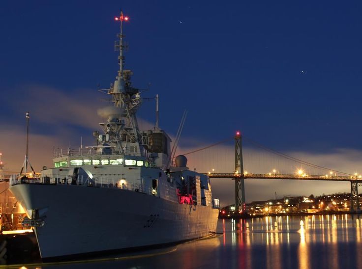Canadian Navy's vessel HMCS Fredericton deployed on December 30 to join NATO's Operation Reassurance. The ship will replace HMCS Toronto, which has been part of Standing NATO Maritime Forces since August 2014.