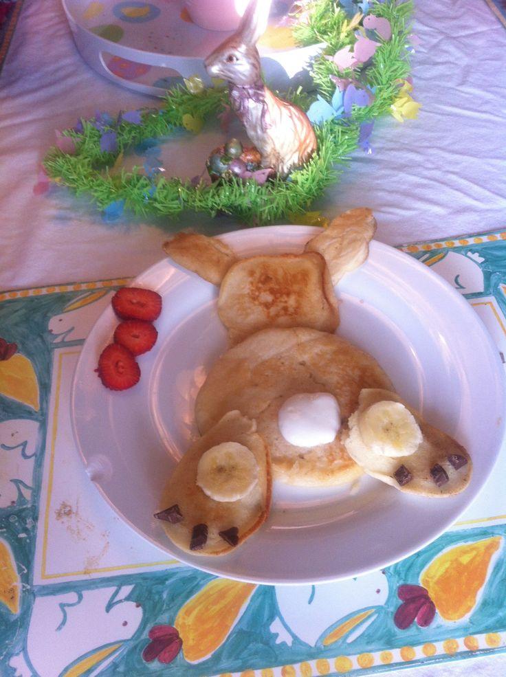 Bunny Bum pancakes for my 2 bunny boys.