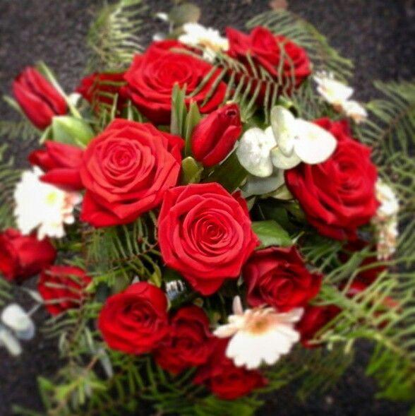 Roses tulips germini