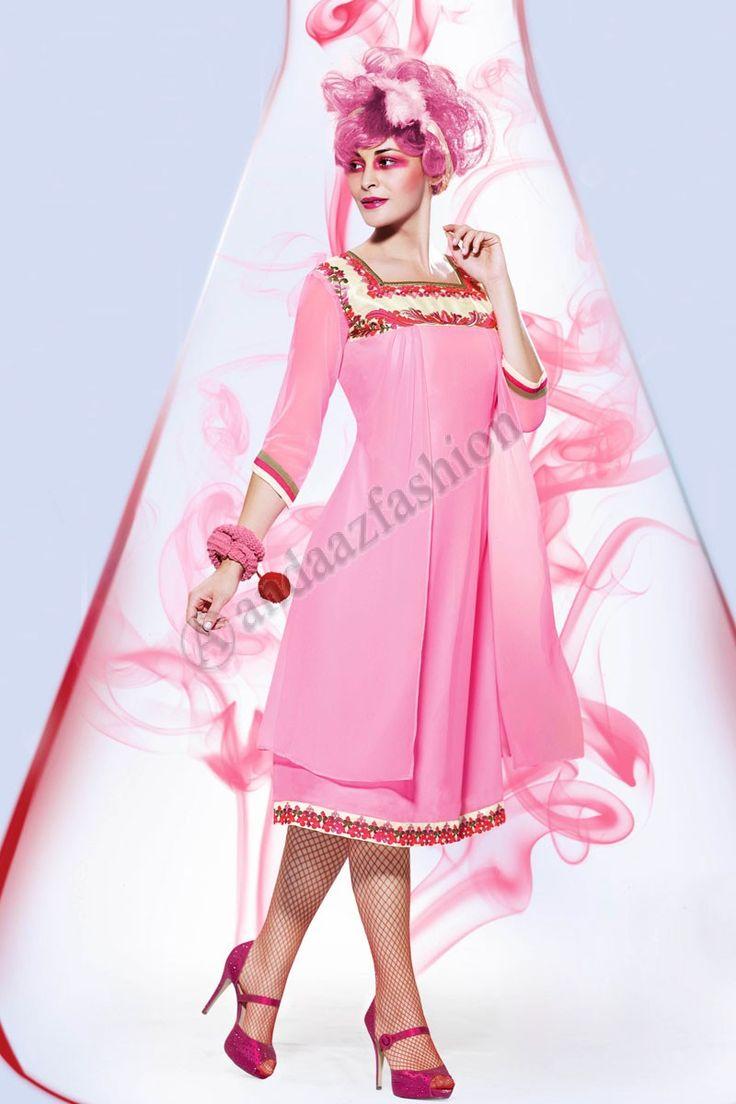 Pink Cream Georgette Kurti Conception No. DMV12798 Prix- 44,15  Andaaz Fashion presente une nouvelle creme de concepteur d arrivee, Rose Georgette Kurti. Agrementee de Resham brode. Cette conception est parfaite pour le Parti, Festival, Casual. @http://www.andaazfashion.fr/womens/kurti-tunic/cream-pink-georgette-kurti-dmv12798.html