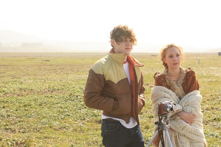 Watch Evan Peters & Juno Temple in the Safelight trailer