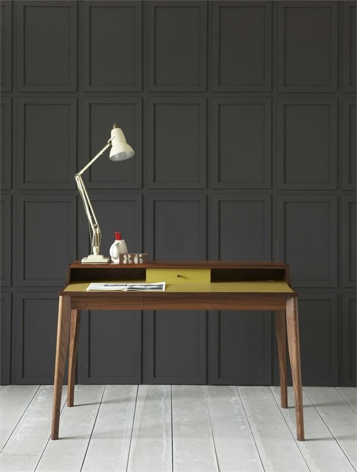 Solid wood secretary desk yves by pinch design russell for Schreibtisch yves pinch