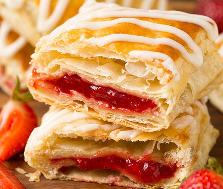 Comme dessert, déjeuner ou collation, essayez de vous préparer ces délicieux Toasters Strudels maison! C'est bon et facile à faire 🙂