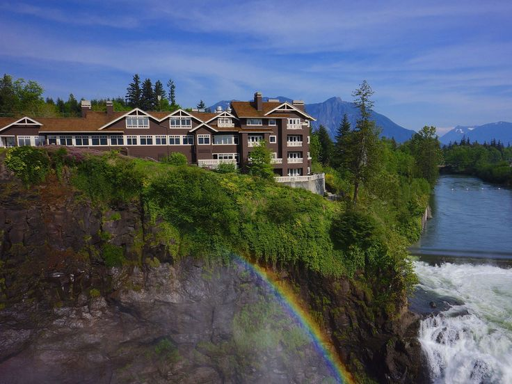 Planning a trip to the Pacific Northwest? Our readers voted these 25 hotels to be the best in Portland, Seattle, and everywhere in between. See what they had to say, and stay tuned for our upcoming Readers' Choice Awards 2015 to compare results.