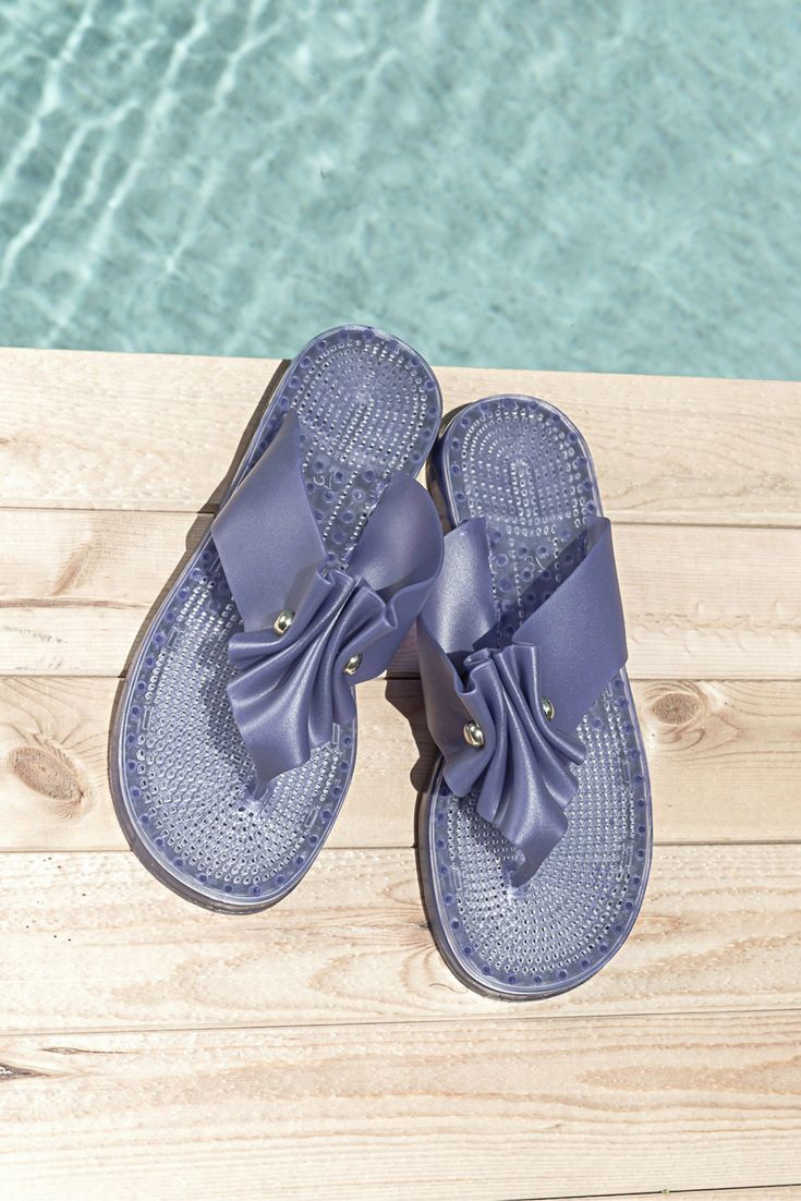 Bem-Estar resort/cruise/beach SANDALS with unique anti-stress soles and breathable vents. Follow us on our IG @itbeachaustralia. Enjoy!