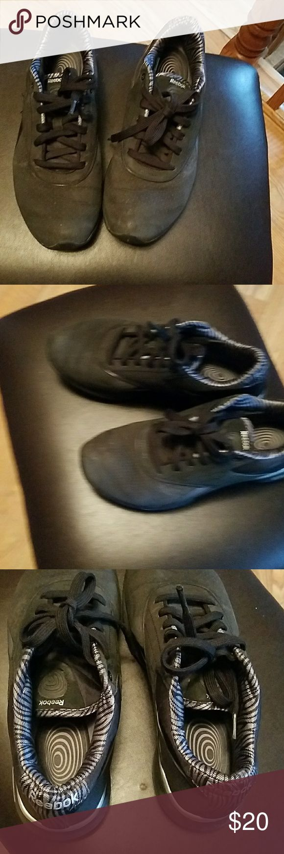 Ladies Skechers, sz 8.5 These are the easy tone style, great shoes and tone your legs and calves faster while exercising Skechers Shoes Athletic Shoes