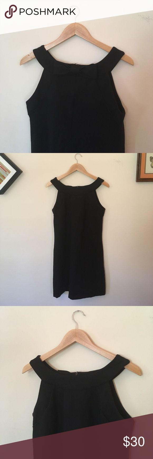 Bow back dress Cute bow back dress. EUC. Zip back. Length: 34 inches. Bust: 17.5 INC International Concepts Dresses