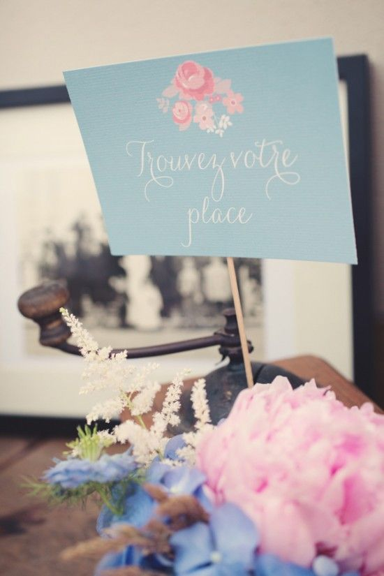 blue-and-pink-boho-chic-wedding-in-the-french-countryside-©anne-claire-brun020