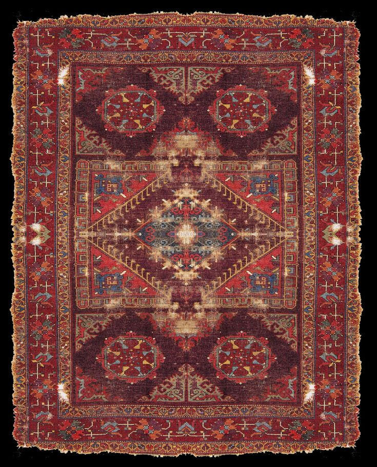 Turkish rug fragment with a large pattern Holbein design, Kircheim, Orient Stars Collection (~17th century)  Reconstruction of the design     Information and image courtesy: John Taylor, rugtracker.com